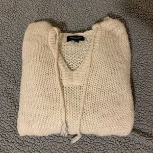 A&E hoodie sweater